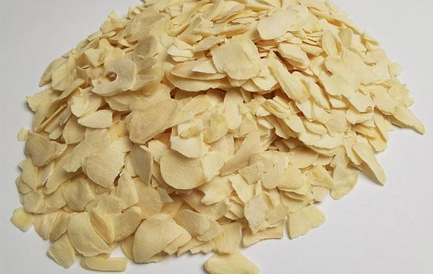 Dehydrated Garlic Chips Supplier
