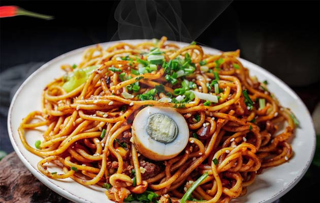 Hot Noodles with Sesame Paste Factory Price